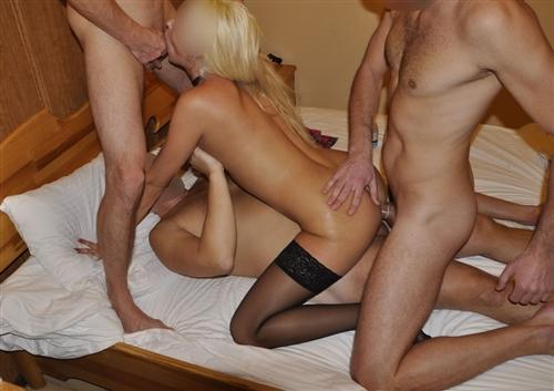 Porno-Blondinki-Domashnee-Russkikh-Gruppovoe