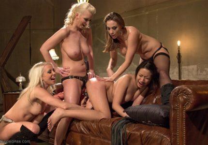 Porno-Gruppovoe-Iznasilovanie-Lesbiiankami
