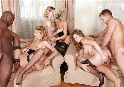 Porno-Milfy-Gruppovoe-Besplatno